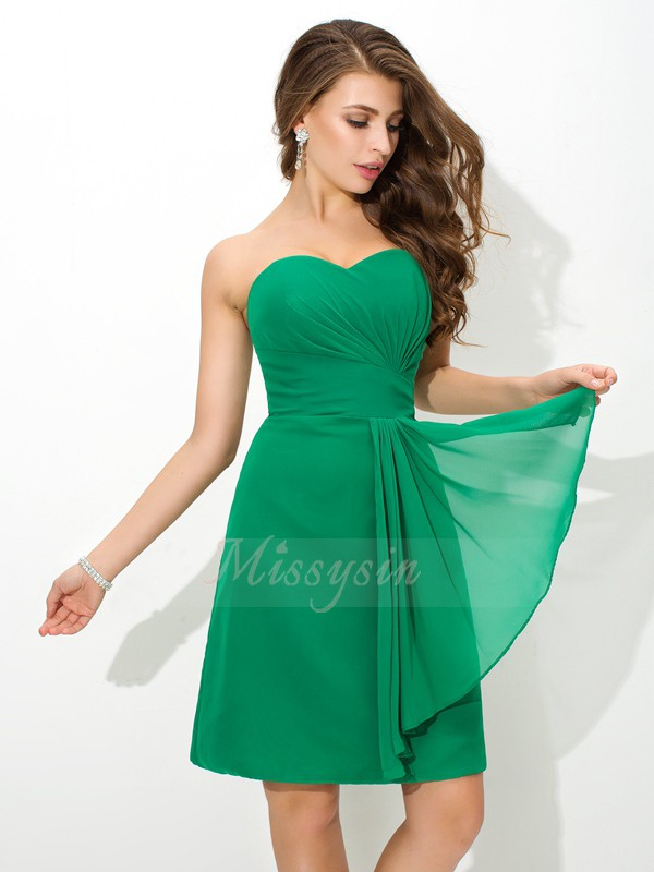 Sheath/Column Sleeveless Sweetheart Short Green Bridesmaid Dresses