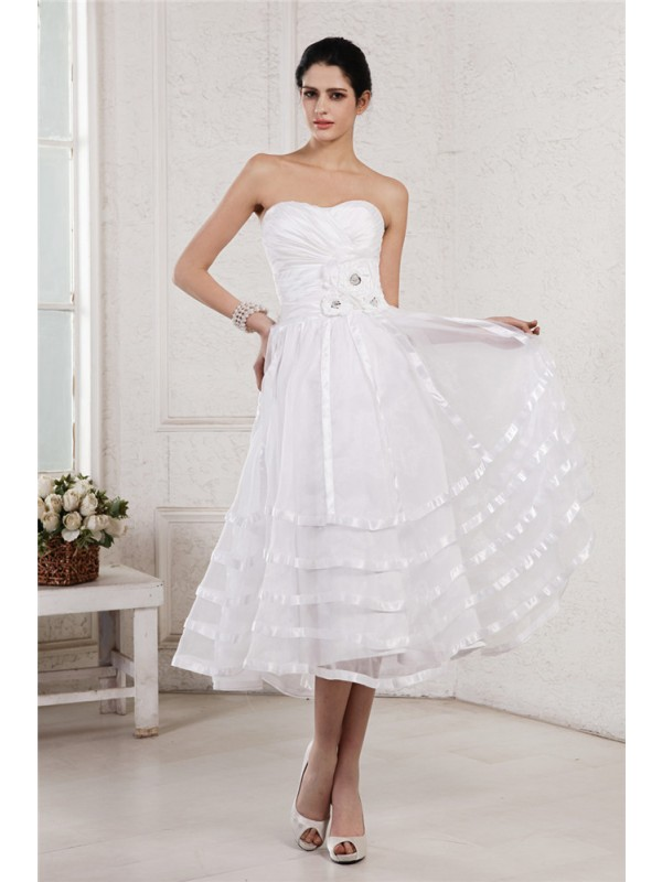 Sleeveless Strapless Tea-Length White Wedding Dresses