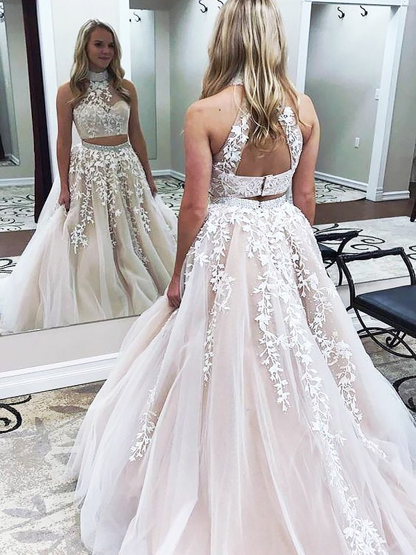 A-Line/Princess Sleeveless High Neck Sweep Train Champagne Tulle Prom Dresses