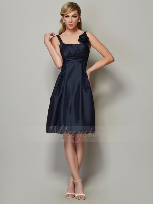 A-Line/Princess Straps Sleeveless Knee-Length Dark Navy Dresses