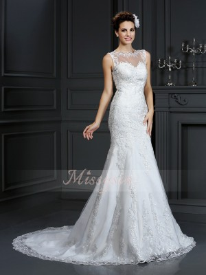 Sleeveless Bateau Satin Court Train Ivory Wedding Dresses