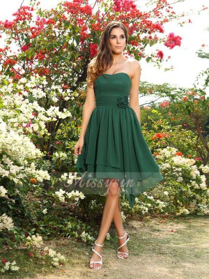 Sleeveless Sweetheart Chiffon Knee-Length Dark Green Bridesmaid Dresses