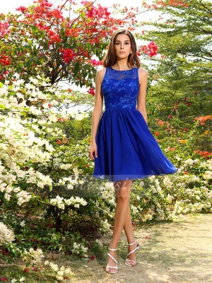 Sleeveless Bateau Chiffon Knee-Length Royal Blue Bridesmaid Dresses