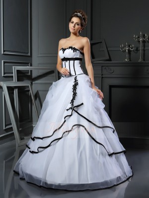 Ball Gown Sleeveless Sweetheart Satin Long White Wedding Dresses