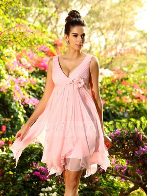 Sleeveless V-neck Chiffon Knee-Length Pink Bridesmaid Dresses