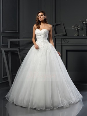 Ball Gown Sleeveless Sweetheart Court Train Ivory Wedding Dress