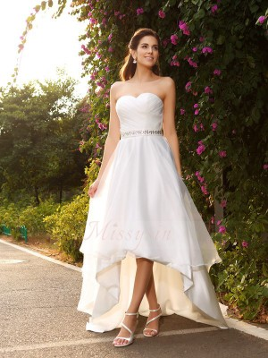 A-Line/Princess Sleeveless Sweetheart Asymmetrical Ivory Wedding Dress