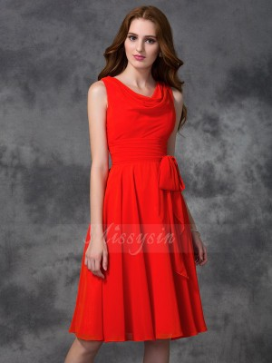 A-line/Princess Sleeveless Scoop Knee-length Red Bridesmaid Dresses