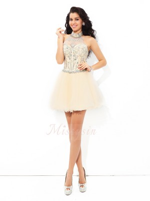 A-Line/Princess Sleeveless Halter Short Champagne Dresses