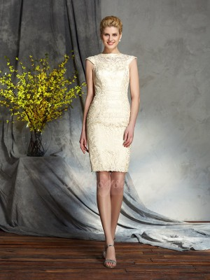 Sheath/Column Short Sleeves Bateau Short Champagne Mother of the Bride Dresses