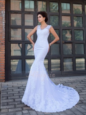 Trumpet/Mermaid Sleeveless V-neck Chapel Train White Wedding Dresses