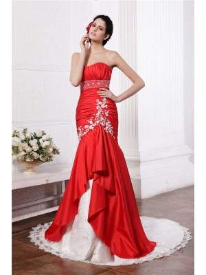 Sleeveless Strapless Court Train Red Wedding Dresses