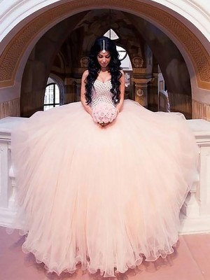 Ball Gown Sleeveless Sweetheart Sweep Train Ivory Tulle Wedding Dresses