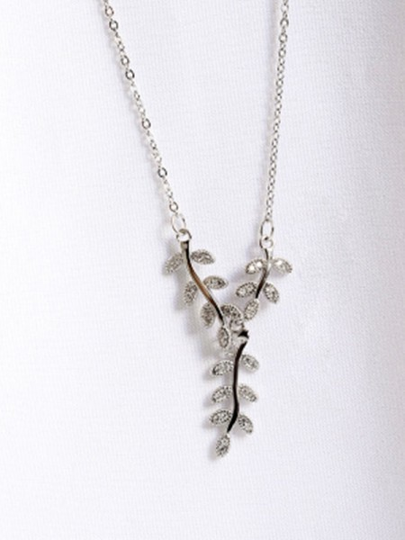 Women's Graceful 925 Sterling Silver Necklaces With Leaf