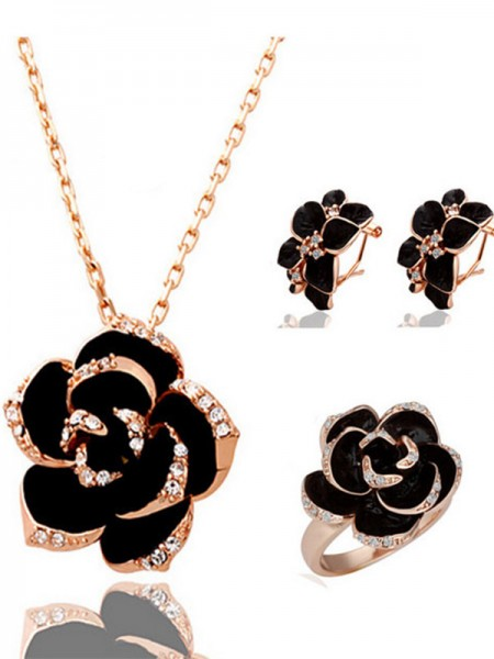 Hot Sale Charming Alloy With Crystal Jewelry Set