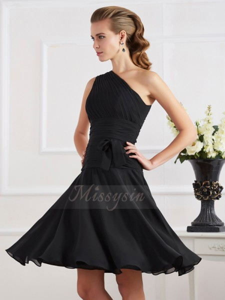 A-Line/Princess One-Shoulder Sleeveless Knee-Length Black Dresses