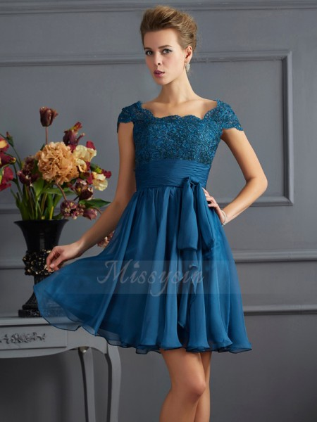 A-Line/Princess Scoop Short Sleeves Short/Mini Royal Blue Dresses