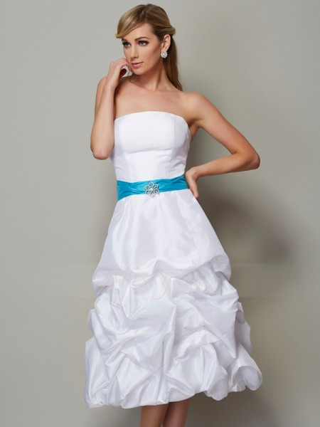A-Line/Princess Strapless Sleeveless Tea-Length White Dresses