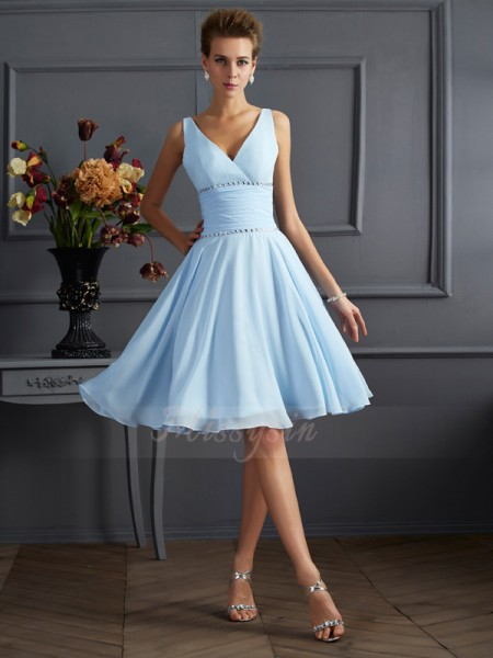 A-Line/Princess V-neck Sleeveless Knee-Length Light Sky Blue Bridesmaid Dresses