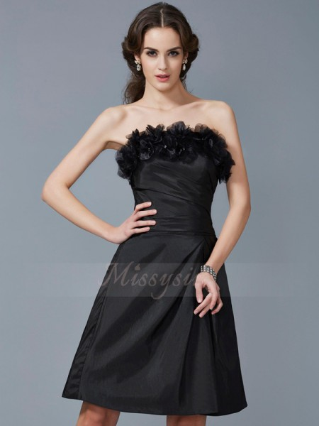 Sheath/Column Strapless Sleeveless Knee-Length Black Dresses
