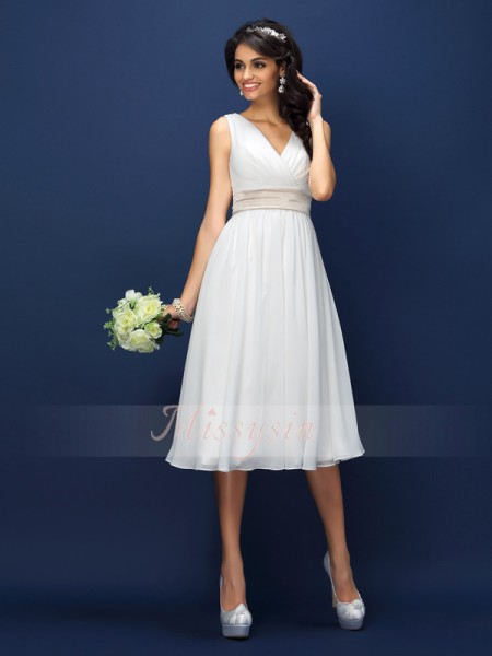 Sleeveless V-neck Chiffon Knee-Length White Bridesmaid Dresses