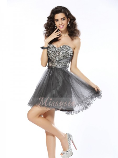 Sleeveless Sweetheart Net Short/Mini Silver Cocktail Dresses