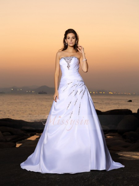 Sleeveless Strapless Satin Chapel Train Ivory Wedding Dresses