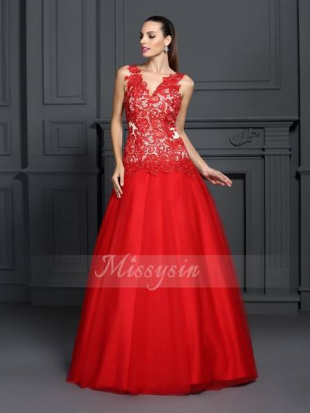 Ball Gown Sleeveless V-neck Lace Long Red Dresses