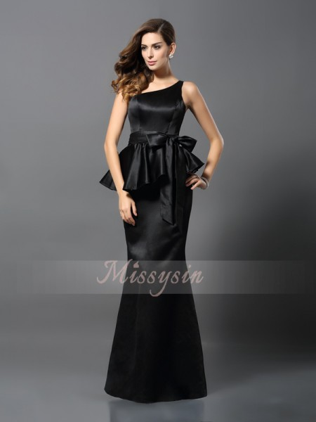 Sleeveless One-Shoulder Satin Long Black Dresses