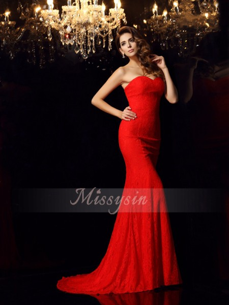 Sleeveless Sweetheart Lace Court Train Red Dresses