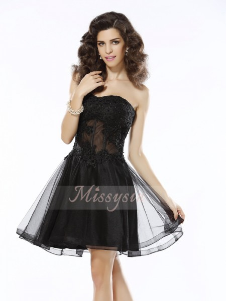 Sleeveless Sweetheart Satin Short/Mini Black Cocktail Dresses