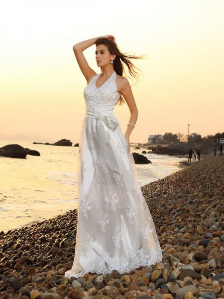 A-Line/Princess Sleeveless Halter Chapel Train White Wedding Dress