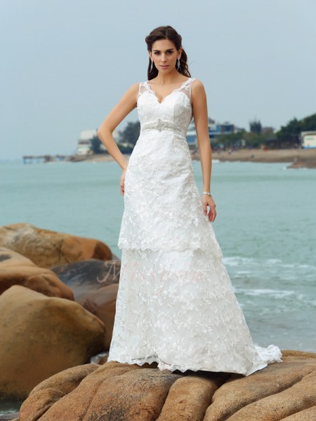 A-Line/Princess Sleeveless Straps Chapel Train Ivory Wedding Dress