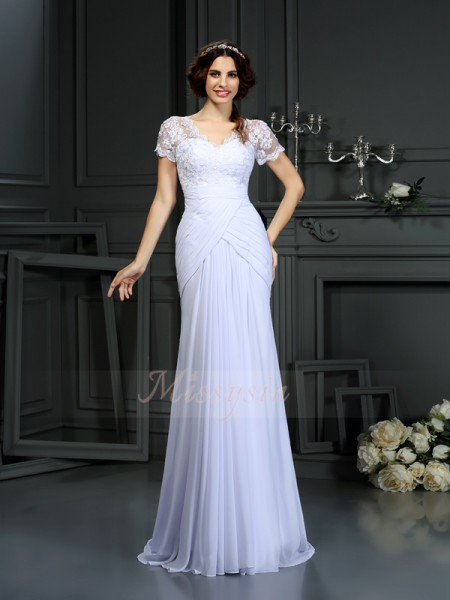 Sheath/Column Short Sleeves V-neck Court Train White Wedding Dress