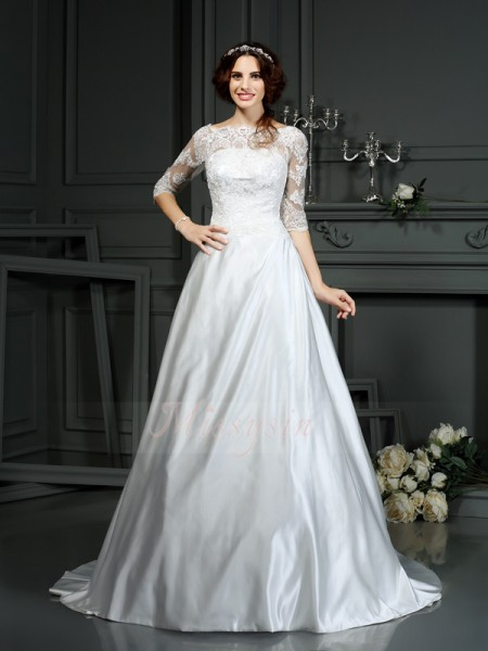 A-Line/Princess 1/2 Sleeves Bateau Court Train Ivory Wedding Dress