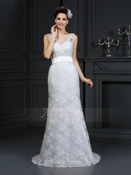 Trumpet/Mermaid Sleeveless Sweetheart Chapel Train Ivory Wedding Dress