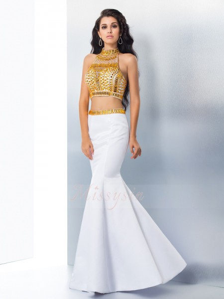 Trumpet/Mermaid Sleeveless High Neck Long White Dresses