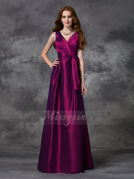 A-line/Princess Sleeveless V-neck Long Burgundy Bridesmaid Dresses
