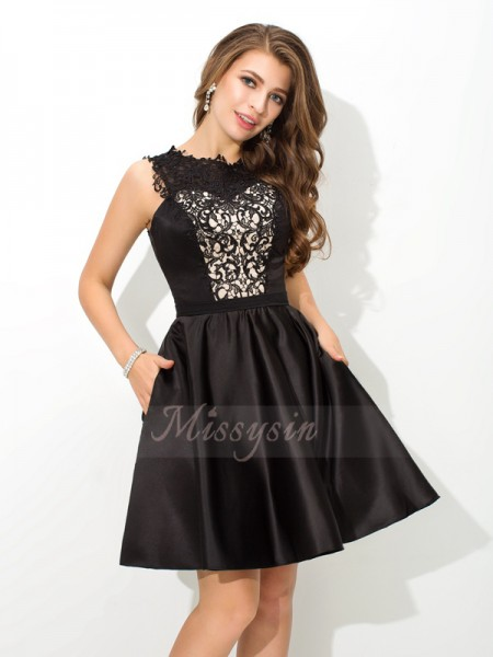 A-Line/Princess Sleeveless Scoop Short Black Dresses