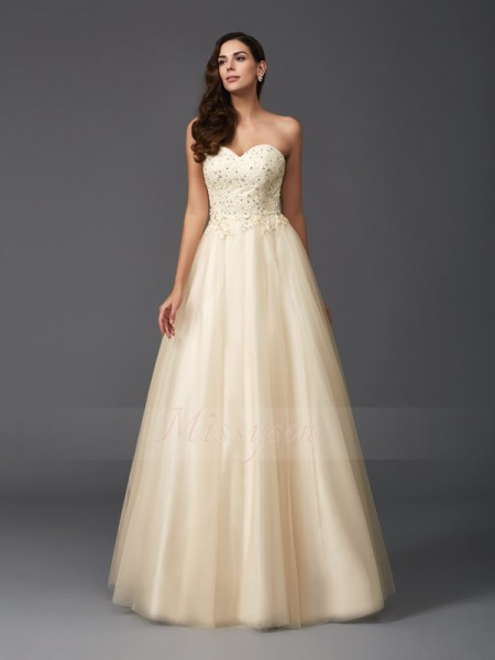 A-Line/Princess Sleeveless Sweetheart Long Champagne Dresses