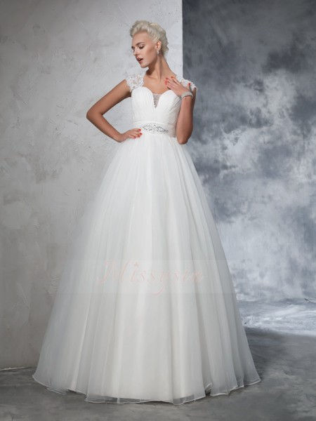 Ball Gown Sleeveless Sweetheart Sweep/Brush Train Ivory Wedding Dresses