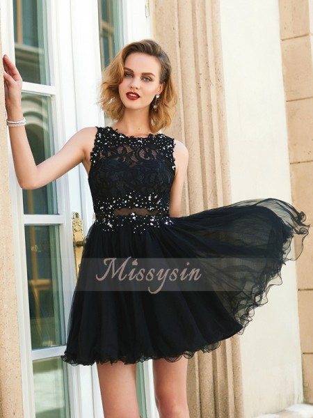 A-Line/Princess Sleeveless Short Black Homecoming Dresses