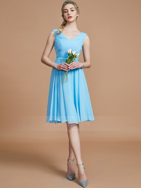 A-Line/Princess Short/Mini V-neck Sleeveless Light Sky Blue Bridesmaid Dresses