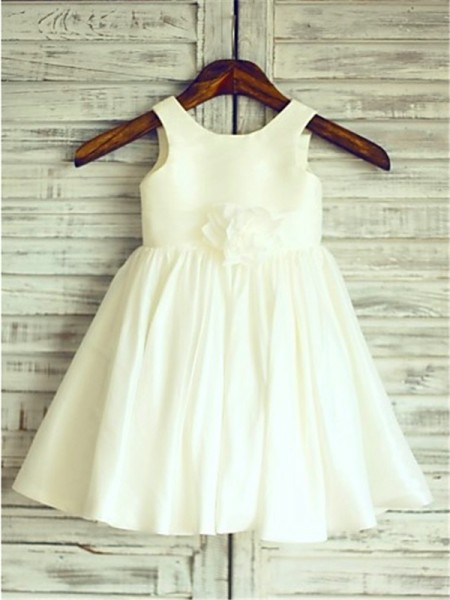 Sleeveless Scoop Short Ivory Flower Girl Dresses