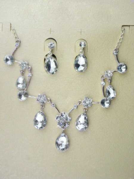 Gorgeous Alloy With Czech Rhinestones Wedding Bridal Jewelry Set,Including Necklace And Earrings
