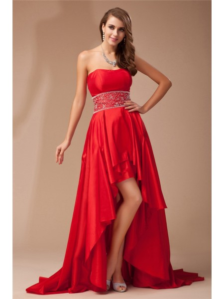 Sleeveless Strapless Asymmetrical Red Dresses