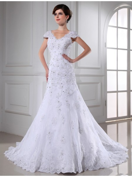 Sleeveless V-neck Chapel Train White Wedding Dresses