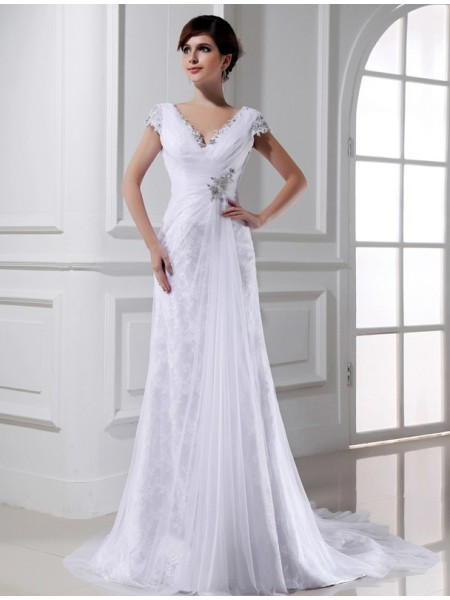 Sleeveless V-neck Court Train White Wedding Dresses