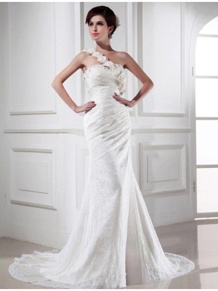 Sleeveless One-Shoulder Chapel Train Ivory Wedding Dresses
