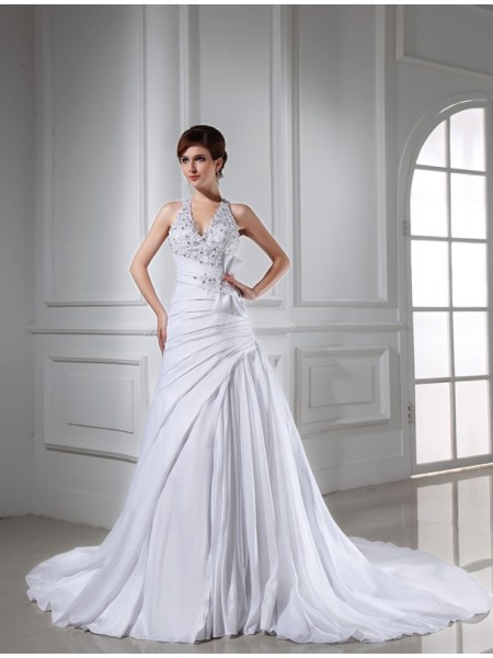 Sleeveless Halter Chapel Train White Wedding Dresses